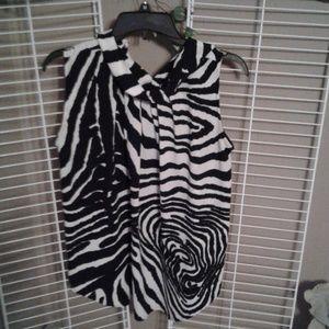 Dress Barn  black and white sleeveless top